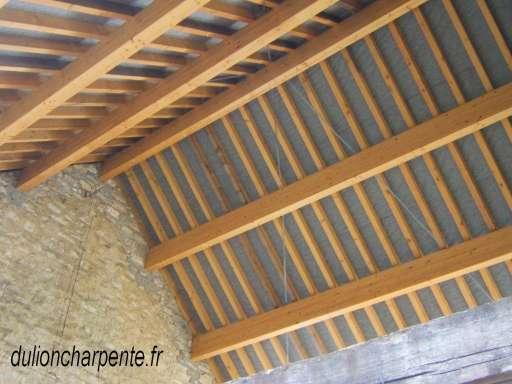 charpente bois couverture de toit charpentes en lamell. Black Bedroom Furniture Sets. Home Design Ideas