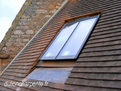 Charpente bois couverture de toit chassis de toit for Chassis fixe de toit