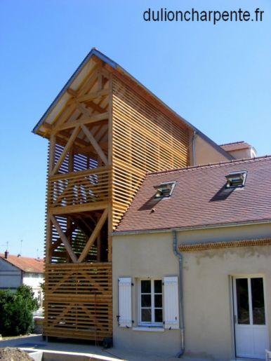 charpente bois couverture de toit cage d escalier. Black Bedroom Furniture Sets. Home Design Ideas